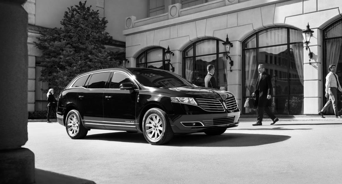 Limo Rides Chicago, Car Service to & from O'Hare Aiport, Black Car Service Chicago Lincoln MKT