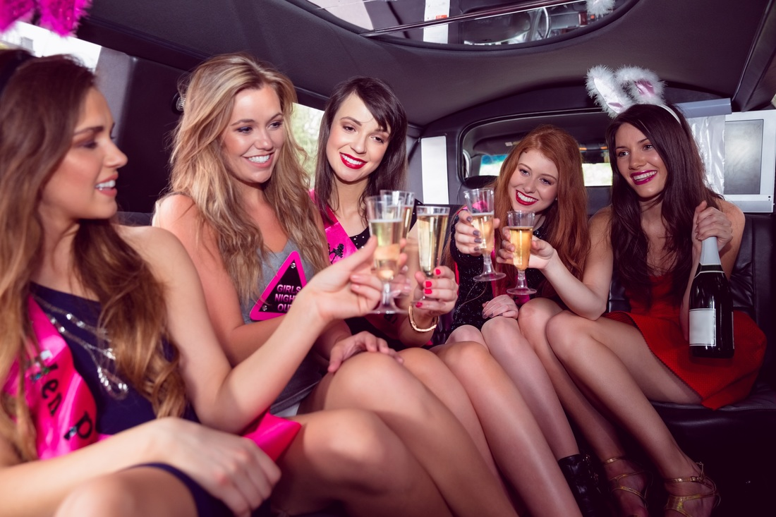 Stretch Limo Chicago, Chicago Airport Limousine Service, Stretch Limo Service Near Me, Hourly Charter, Limousine Service, Limousine Service Chicago, Stretch Limo, Stretch Limousine Chicago, Stretch Limousine