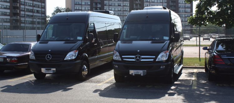 Limo to McCormick Place, Business Conventions, Corporate Car Service, Hire Car Service Chicago