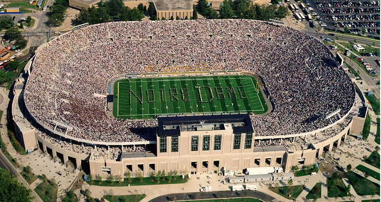 South Bend Limousine Service, Limo Service South Bend, Notre Dame Football Transportation, Limo Service Indiana, NCAA Notre Dame Car Service, Bus to Notre Dame
