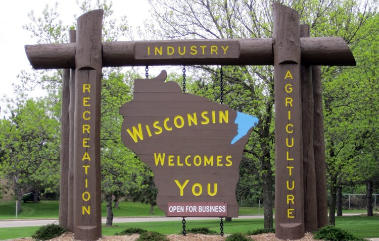 Book Limo Wisconsin, Limo Service Wisconsin, Hire, Rent, Limo Wisconsin, Wisconsin Limousine Service