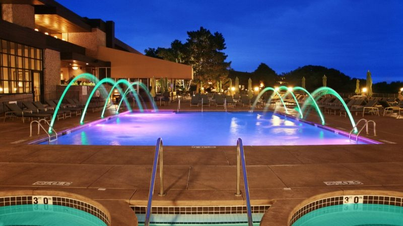 Car Service to Grand Geneva Resort & Spa Lake Geneva Luxury Resort‎ Wisconsin.jpg