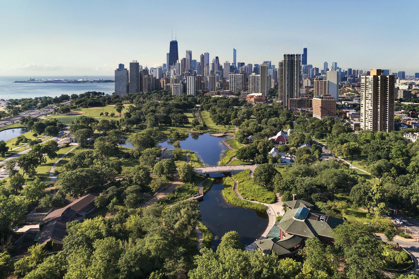 Lincoln Park Chicago Limousine Service