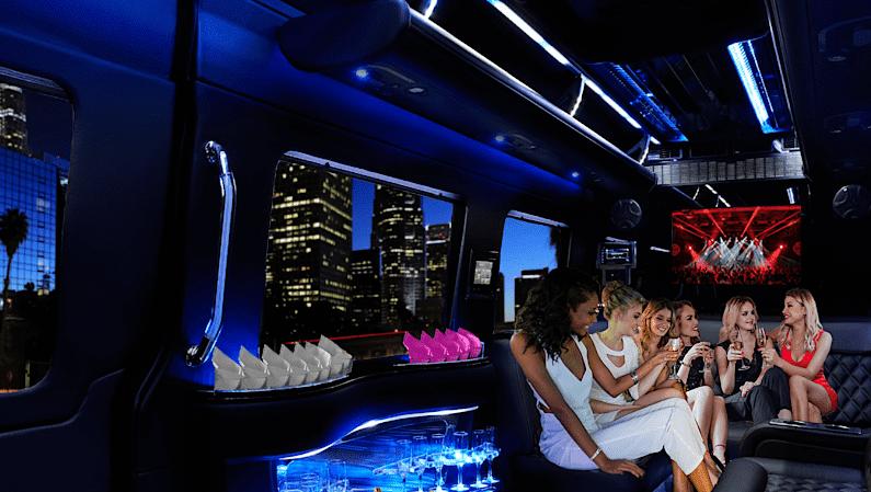 Chicago-Sprinter-limo-ladies